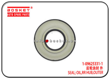 China Outer Rear Hub Oil Seal For ISUZU 6BD1 1-09625331-1 1-09625044-0 1096253311 1096250440 factory